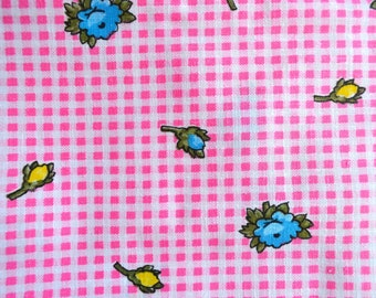 Vintage Fabric - Mod Flowers on Pink Gingham Broadcloth - 44 x 48 Canvas