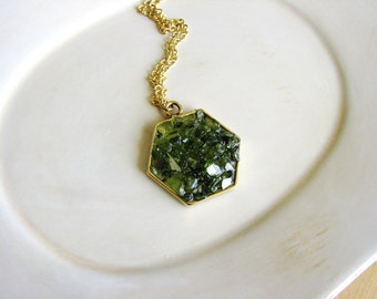 Green Glass Hexagon Necklace, Peridot Green Necklace, Boho Necklace, Bohemian Jewelry, Statement Jewelry, Minimalist Necklace