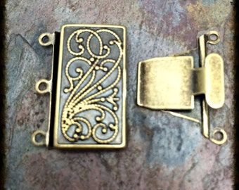 Bali Style Antique Brass 3 Strand Clasp