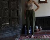 90s army green pleated / high waist / tapered safari pants