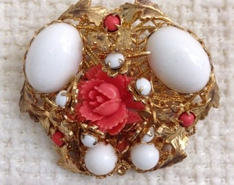Vintage Brooch. Gold metal with white glass stones and coral celluloid flowers.  Vintage 1950.