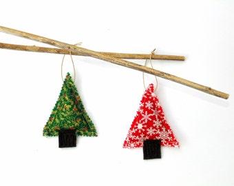 2 Pine sachets, Christmas sachets ornaments, gift under 10, winter tree sachets, organic sachet ornament, pine cinnamon mix, red green, gift