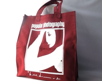 vintage 1970's market tote bag popular photography magazine gift canvas maroon red burgundy white female face art artwork container storage