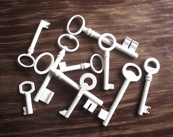 Home Decor Vintage Keys for Frame Display Memorabilia - Genuine Vintage Keys - Shabb Cottage Chic Wall Decor, 10 White Skeleton Keys (A-1)