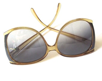 Large Vintage Sunglasses, Oversized 1970s Ladies Non-Prescription Glasses, Playboy Brand (A3)