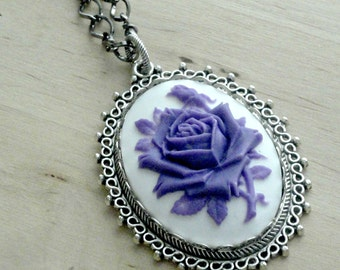 Cameo Necklace Victorian Necklace Cameo Jewelry Victorian Jewelry Purple Flower Purple Necklace Romantic Jewelry Girlfriend Gift