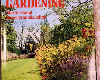 Chilton's Encyclopedia of Gardening, FREE US Shipping, Plants, Flowers, Fruits, Vegetables, Shrubs, Grasses, Marin Stangl and Roger Grounds
