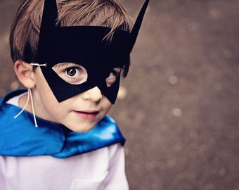 KIDS BAT MASK - Perfect super hero party gift - Choose Pink - Gray - Blue - Or Black - Kids Halloween Costume Accessories - Superhero Mask