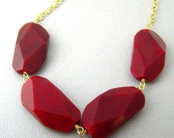 Cranberry Red Statement Necklace, Chunky Red Necklace, Dark Red Beaded Necklace, Jewelry for Women, Big Beaded Necklace