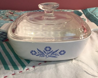 Vintage Corningware Serving Dish With Lid Cornflower 1 Quart Made in The USA #3288