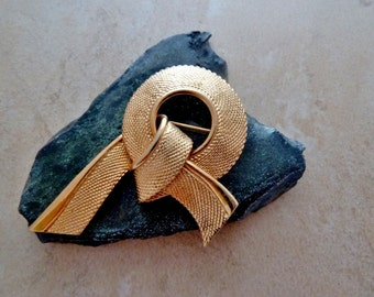 Napier Ribbon Brooch, Vintage Brooch, Gold Brooch