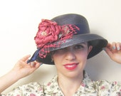 Vintage Navy Blue Straw Hat with Flower / Summer Hat with Magenta Floral Trim and Crochet Lace