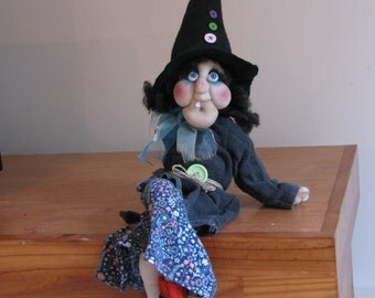 Witch, Halloween decoration, One of a kind, OOAK, Art doll, collectionable