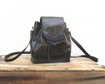 80s Drawstring Bucket Bag Black and Dark Green Crocodile Embossed Leather