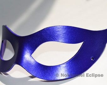 Catwoman Blue Leather Mask Cosplay Halloween Harley Quinn Batman SDCC Gotham Masquerade Ball - Available Any Basic Color