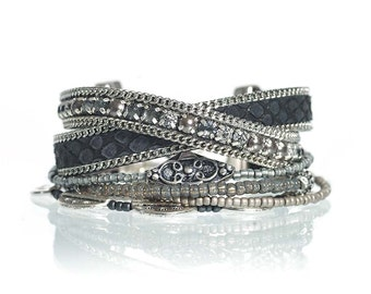 Black leather wrap bracelet - black multistrand bracelet - boho chic multiple strands beaded bracelet - black reptile print leather