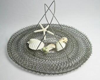 Wire Crab Basket / Beach Decor / Rustic Wire Basket / Rustic Hanging Basket / Folding Basket / Rustic Decor