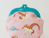 Unicorns & Rainbows Oh, Snap! Clutch