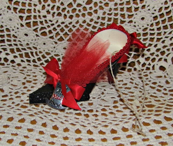 We're All Mad Here Charm High Heel Paper Shoe Ornament