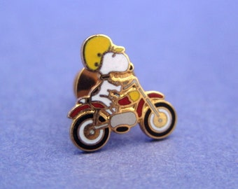 Vintage 1970's Aviva Snoopy Tie Tack Pin Motorcycle