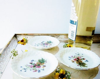 Wildflowers Design Vintage Porcelain Coasters Fine Bone China Coaster Set 1960s Jewelry Shop Gift Item Quality Mid Century Tiny Plates