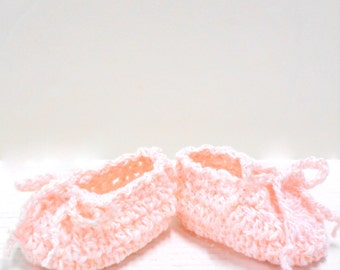 Ballerina Baby Booties, Crocheted Booties, Pale Pink Sparkle Cotton Baby Slippers