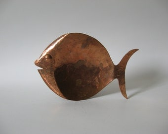 Hammered copper fish dish mid century vintage ashtray