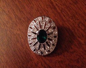Vintage silvertone rhinestone jewel crystal pin brooch art deco badge green oval