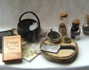Miniature WITCH CAULDRON Potion SPELLBOOK Spooky Halloween Haunted House Dollhouse One Inch Scale