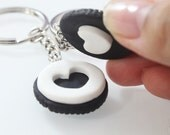 Best Friends Oreo Keychain - Miniature Food Jewelry - Oreo Cookie - BFF - Best Friends Jewelry