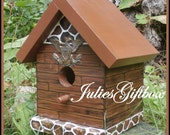 Colonial Handmade  Hand Painted Bird House FREE SHIPPING US Only
