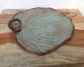 Ceramic Leaf Plate, Handmade Stoneware Pottery Serving Plate, Leaf Serving Dish, Rustic Kitchenware, Nature Inspired Pottery Dishes