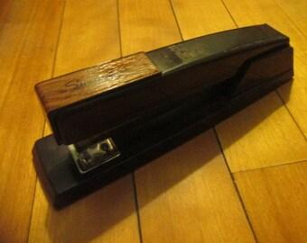 Vintage Swingline No. 4 Office Stapler Metal  Woodgrain on Black Excellent Condition