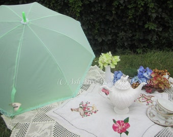 Summer Parasol, Celery Green, Rain or Shine, Parasol Name: Beautiful Verde Simplicity