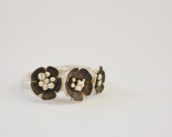 Sterling Silver 3 Flowers Ring