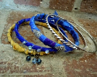 Gypsy Bracelet / Sari Silk Bangles / Bohemian Bracelet /  Boho Jewelry / Gypsy Jewelry / Sari Silk / Ethnic Jewelry / Gypsy Bangles