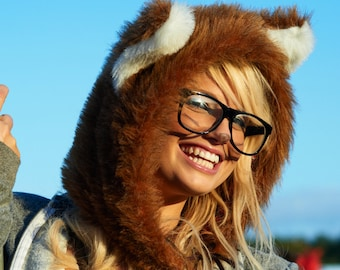 Customisable faux fur City Fox Hood. Animal Hood. Hand made. Fox hat. Warm winter headwear. Apres ski.