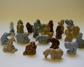 WADE, 22 Different WADE Figurines, Red Rose Tea
