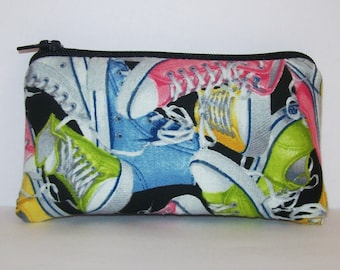 """Padded Pipe Pouch, Chuck Style Shoe Bag, Stoner Gift, Glass Pipe Case, Pipe Bag, Pothead, Hipster Gift, Padded Pouch, 420 Bag - 5.5"""" SMALL"""