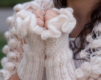 Wedding Bridal Gloves,Ruffle Gloves,Knit Gloves,Gray Gloves,White Gloves,Bridal Fingerless,Winter Wedding Gloves, Mittens, Wrist warmer