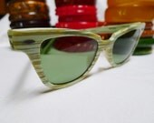 SHADES of ENVY--Rare Variegated Olive and Minty Green Vintage 1950s Lucite Ladies Sunglasses