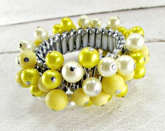 Vintage Expansion Bracelet, Yellow Beaded Bracelet, Cha Cha Bracelet, Yellow Ivory Pearl Bracelet, 1950s Rockabilly Vintage Costume Jewelry