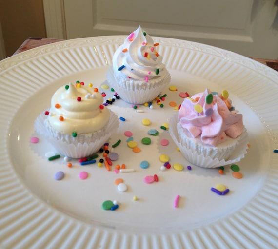 Mini BombCakes Bath Bomb Cupcakes Are Vegan Friendly