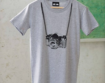 Camera T-Shirt - Gifts for Photographers - Camera Tee photography