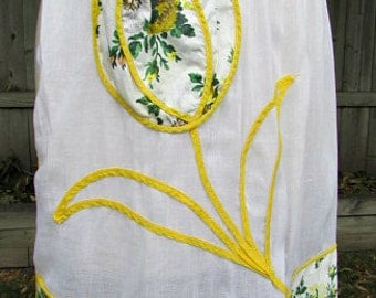 vintage 40s yellow tulip half apron yellow floral flowers