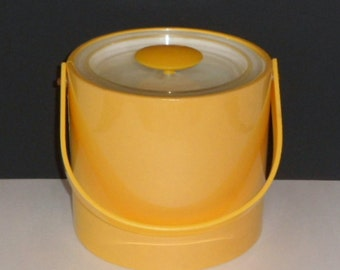 Sale Georges Briard Yellow Ice Bucket Signed Plastic Vinyl Vintage 1960's Mod Retro Barware