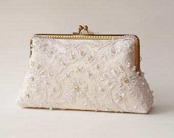Ivory Bridal Clutch Purse/ Vintage inspired / wedding bag / bridesmaid clutch / Bridal clutch
