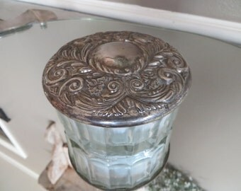Godinger Dresser Box Powder Box Glass Box with Silver Art Deco Style Decor Silver and Glass Gift for Her