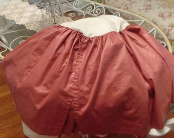 SALE Flowing 80's Hollywood Regency Mauve chintz twin bedskirt
