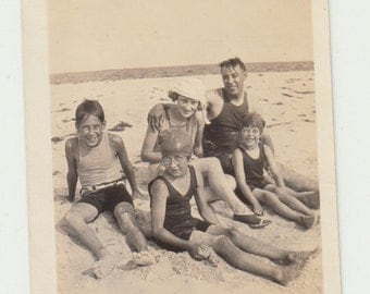 1925 Vintage/Antique photo of a beautiful family in  vintage bathing suits at the beach